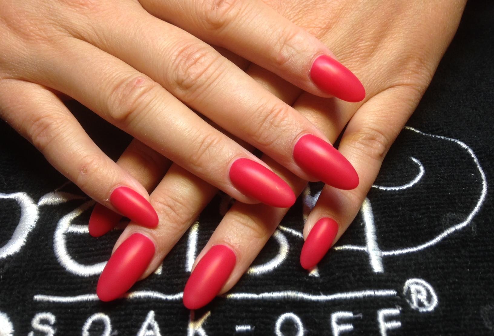 lange røde negle massage jylland